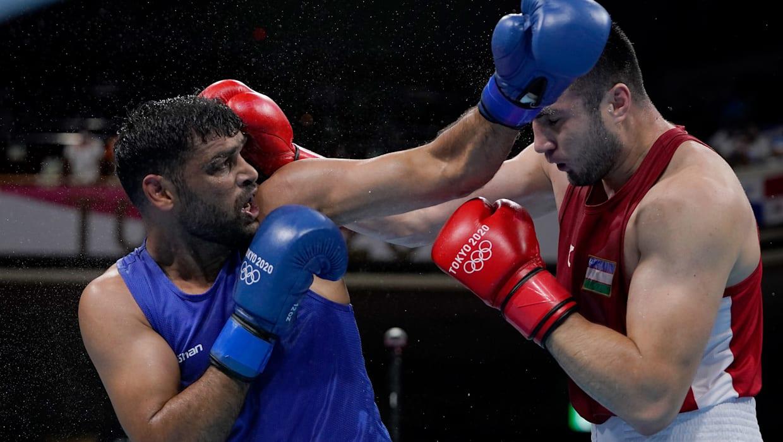 Injured Satish Kumar goes down to world champion in Tokyo Olympics boxing quarters